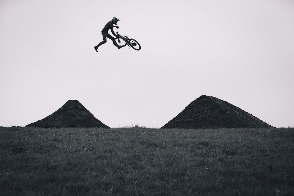 unReal Free Online Premiere – This Friday on Pinkbike